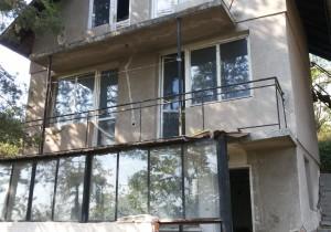 House - Novi Iskar, Gniliane village