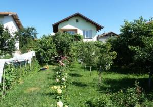 Къща - Перник, с. Ковачевци